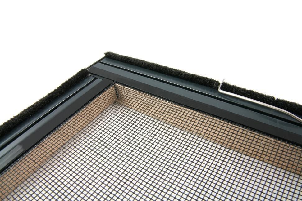 xtra alu furnier holz insektenschutz fliegengitter fenster. Black Bedroom Furniture Sets. Home Design Ideas