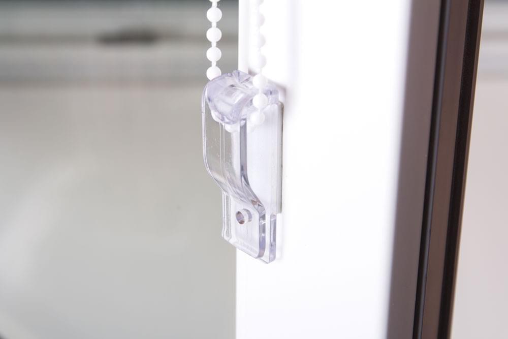 sonnenschutz thermo rollo klemmhalter klemmrollo verdunkelungsrollo wei neu ebay. Black Bedroom Furniture Sets. Home Design Ideas