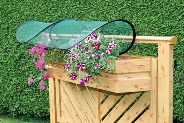 gardenguard universalschutz pflanzenschutz balkon blumenschutz schutzhaube ebay. Black Bedroom Furniture Sets. Home Design Ideas